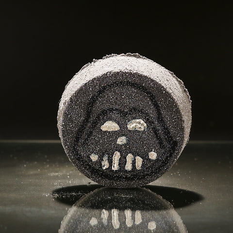 THE DARK SIDE Bath Bomb