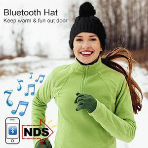 Wireless Pom Pom Hat with Built-in Speakers & Bluetooth