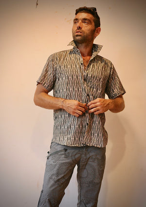 Shirt Men Half Sleeves Cotton JAWS