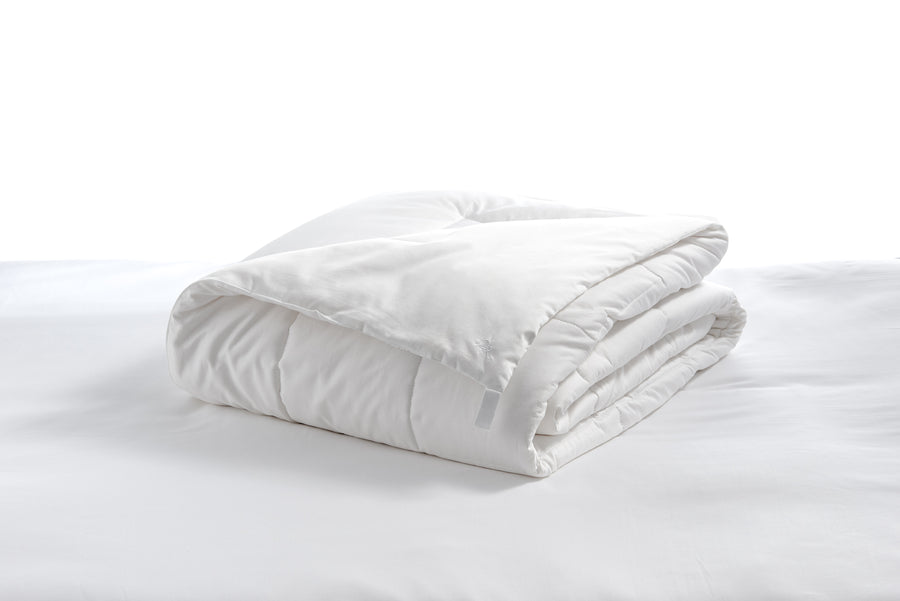 White duvet cover 100% cotton stuffing in place breathable hypoallergenic