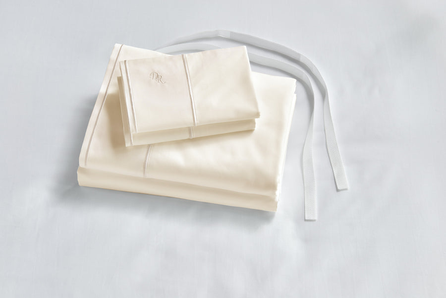 Ivory with straps bed sheets suspenders Ultra Luxurious 100% cotton oeko-tex tested hypoallergenic allergy free cruelty free