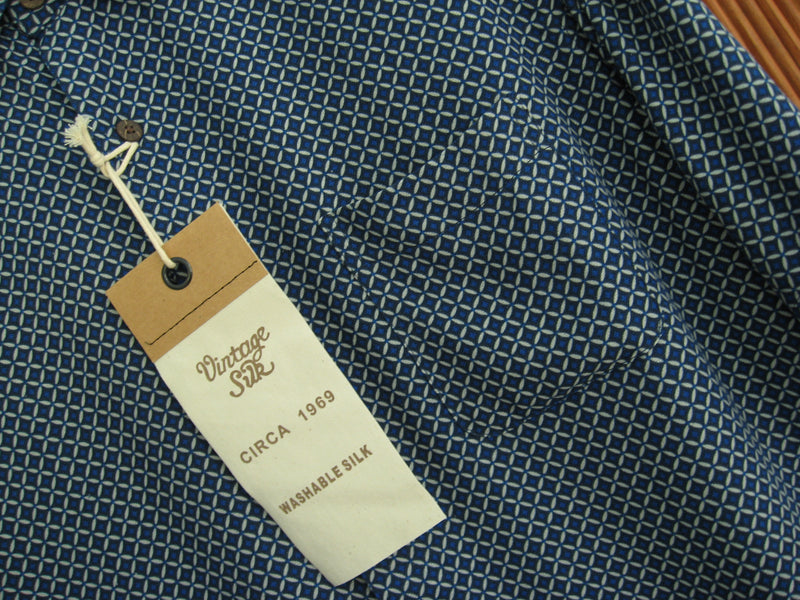 Silk Blend Retro Style Camp Shirt Blue & Gray- Large - Good Life Apparel