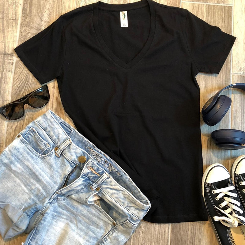 womens black v-neck tee