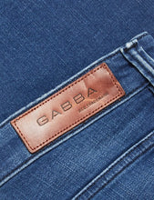Load image into Gallery viewer, Gabba - JONES LT. BLUE JEANS