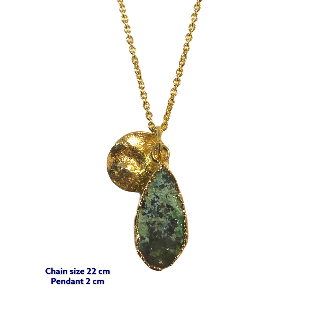 Tear Drop Malachite Gold Necklace