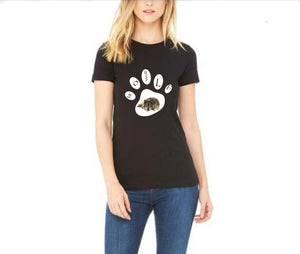 Wolf Lettering Paw Print