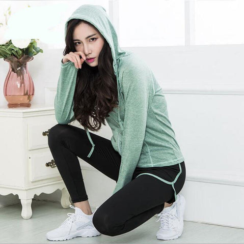 Fall new long-sleeved women's running sports fast-drying fitness suits Yoga clothing women's three-piece suit YG27