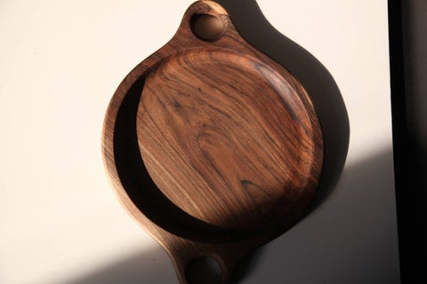 Walnut wood plate