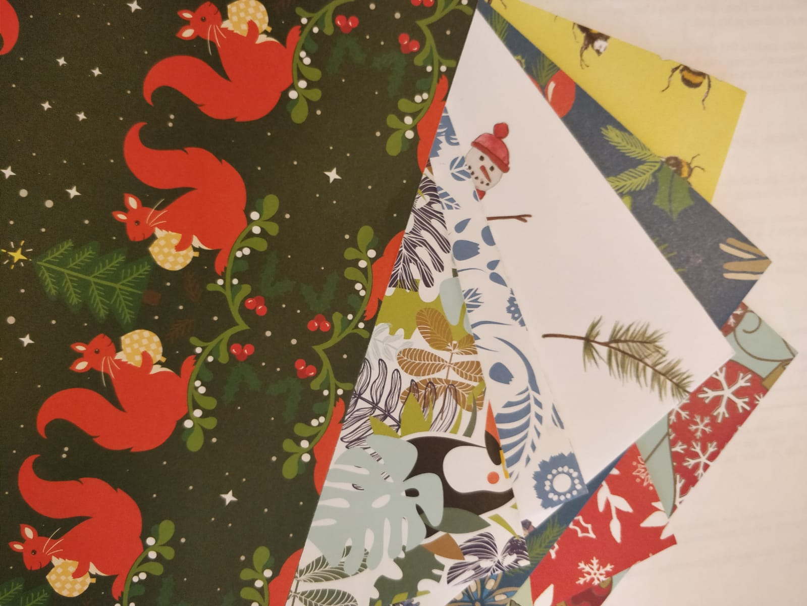 Free eco-friendly Christmas wrapping