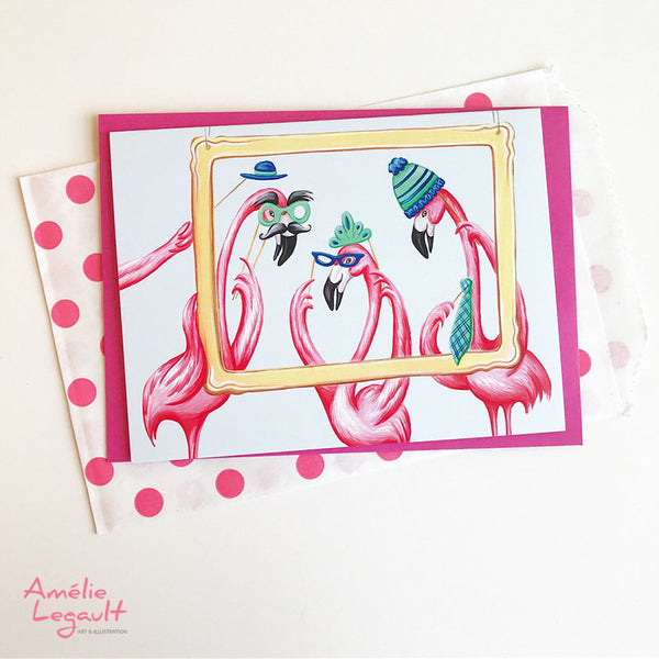 Flamants roses dans un photobooth, carte d'anniversaire