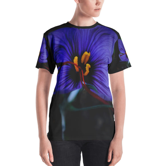 Women's T-shirt - Italian Style - Saffron Flower. Size: XS-S-M-L-XL-2XL - I Love Giveaways