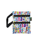 ISLAND SLIPPER LOGO Passport bag W/ HAWAII - WHITE / BLACK