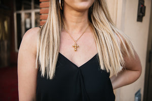 MILAN CROSS PENDANT NECKLACE