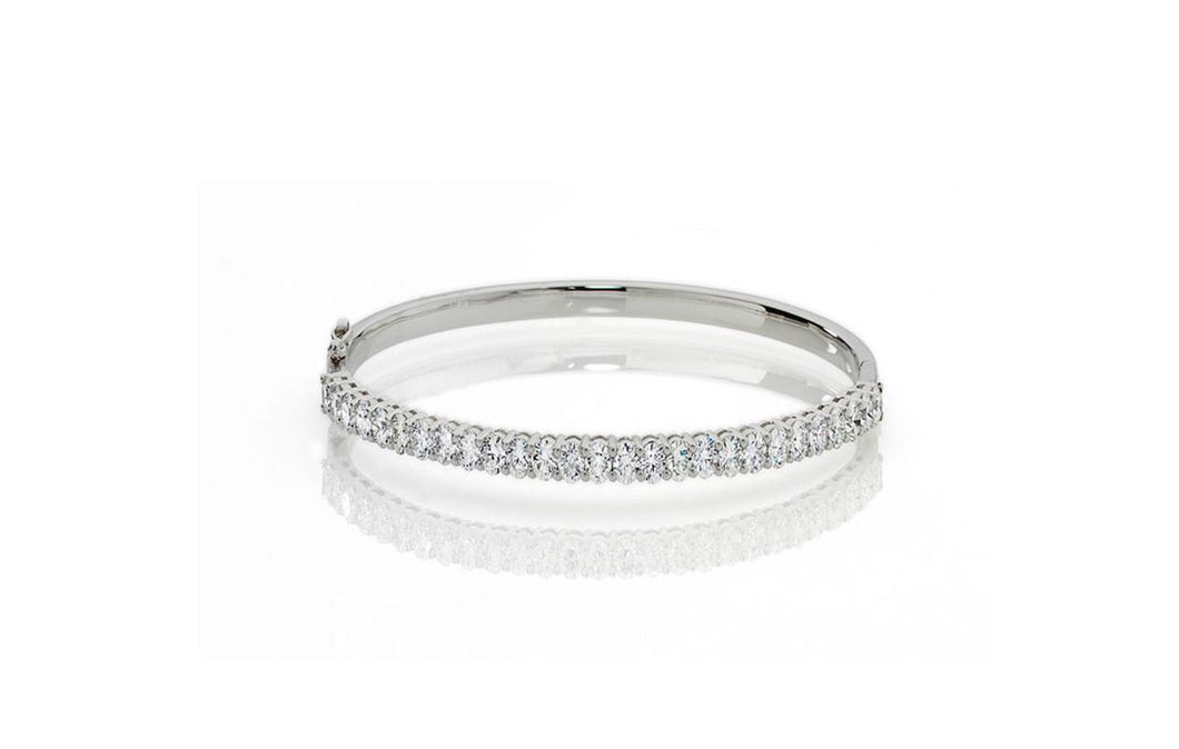 White gold 14K sparkling oval cut 6.75 carats diamonds women bangle