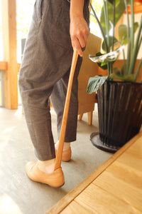 HACOA Wooden Shoe Horn + Stand Set