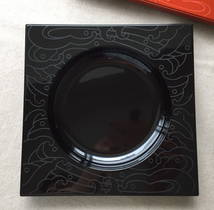 square 0 - Japanese lacquer plate