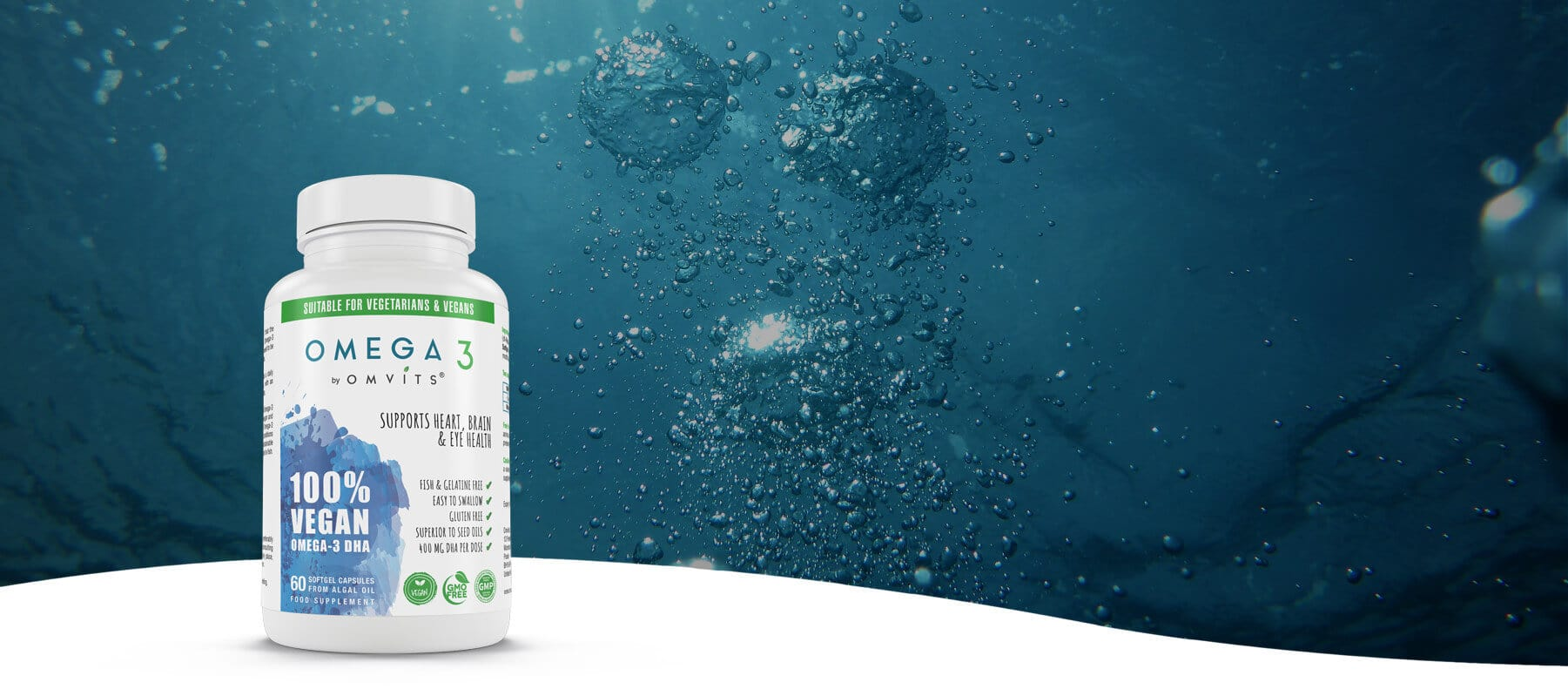 omvits vegan omega-3 against a background of the sea
