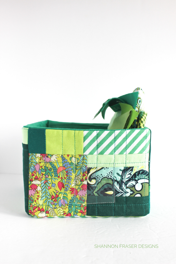 Green Modern Improv Storage box - DIY fabric storage bins | Shannon Fraser Designs #fabricstorage