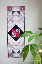 Load image into Gallery viewer, Modern Aztec Table Runner Pattern (PDF)