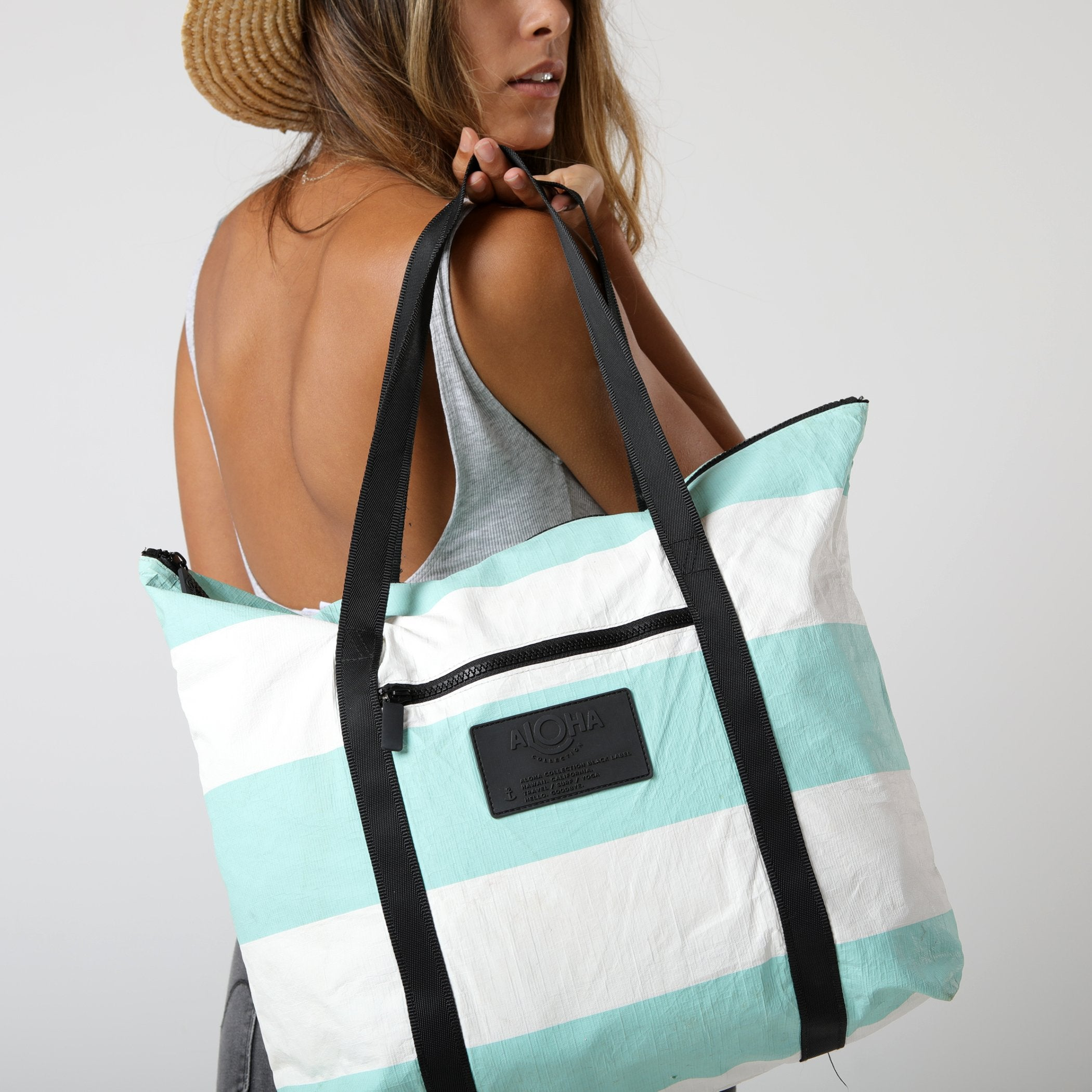 Umbrella Stripe Zipper Tote in Pool - Aloha - Natoho