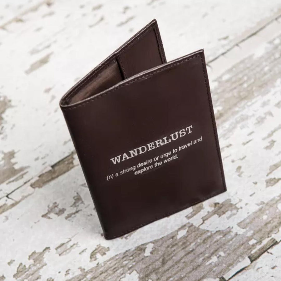 SOOTHI WANDERLUST LEATHER PASSPORT COVER