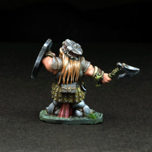 Female Dwarven Warrior w/Axe - Gertyn Naerris