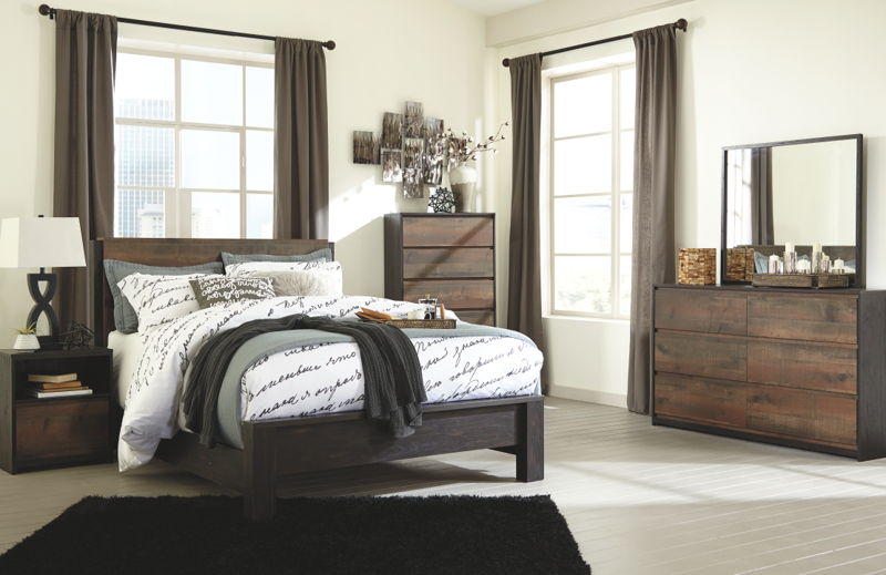 Windlore Dark King Panel Brown Dresser w/Mirror