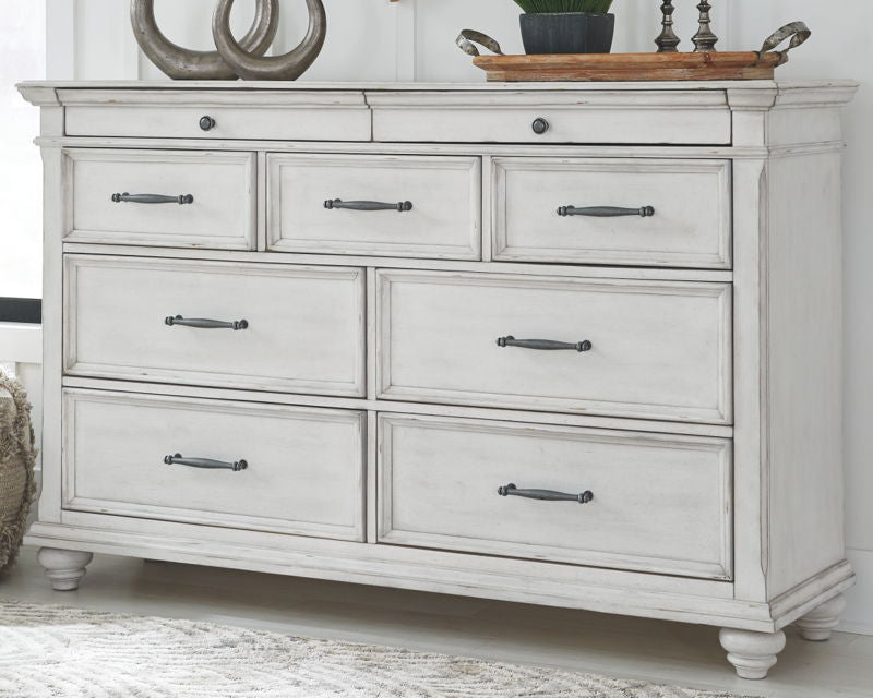 Kanwyn Whitewash  King Panel UPH Bed w/ Dresser & Mirror