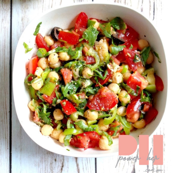 TOMATO, GARLIC AND CHICKPEA SALAD