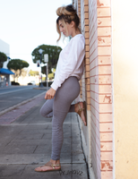 Women's Light Gray Butt Scrunch Leggings with a Booty Shaping Effect, Scrunch on legs