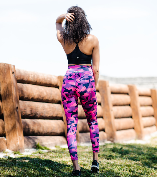 Women's Black and Pink Camo Butt Scrunch Leggings with a Booty Shaping Effect.