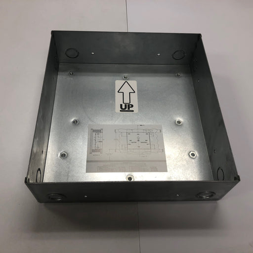 WORLD XRA52-Q974 (115V - 15 Amp) WALL BOX for RECESS MOUNTING (Part# 17-034)