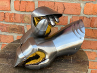 "Milan gauntlets ""Flemish Knight"" for jousting"