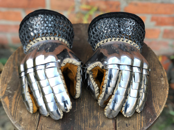 Iran gloves for modern fighting (tempered)