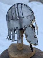 Early era helmet