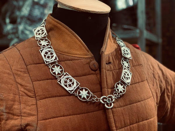 Knight's chain / pendant