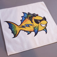 Load image into Gallery viewer, Micro Fiber Aquarium Cloth w/FREE Holographic Wild Betta Sticker - AQUAPROS