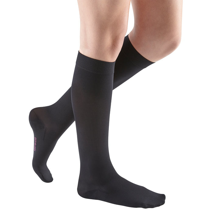 Medi Comfort Knee Highs 20-30mmHg - Wide Calf - Ebony Black