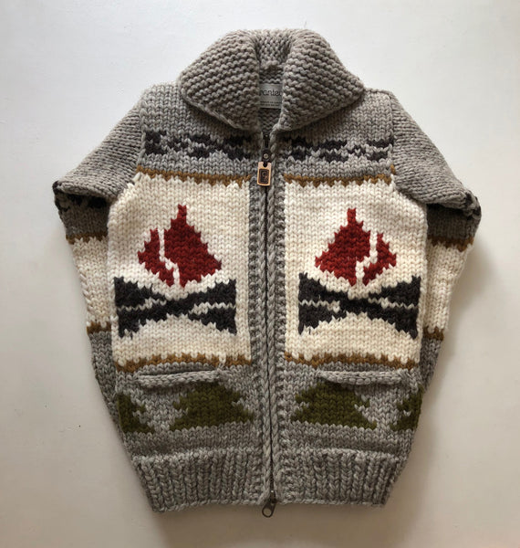 SAMPLE SALE* Campfire Bear - Light Grey