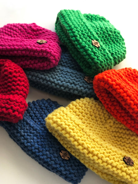 Acorn toque - Vivid colours