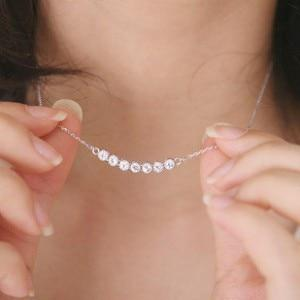 Fashion jewelry is a row of crystal necklace smiling little star Colaresintothea-intothea