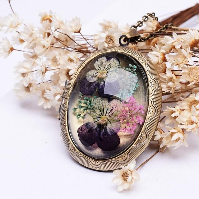 SEDmart Real Dried Pansy Flower Locket Pendant Necklaces Vintage Antique Bronze Platedintothea-intothea