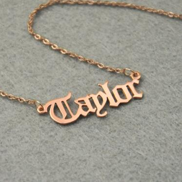 Personalized Name Necklace, Customized Nameplate Necklace, Custom Name Necklace, Old English styleintothea-intothea