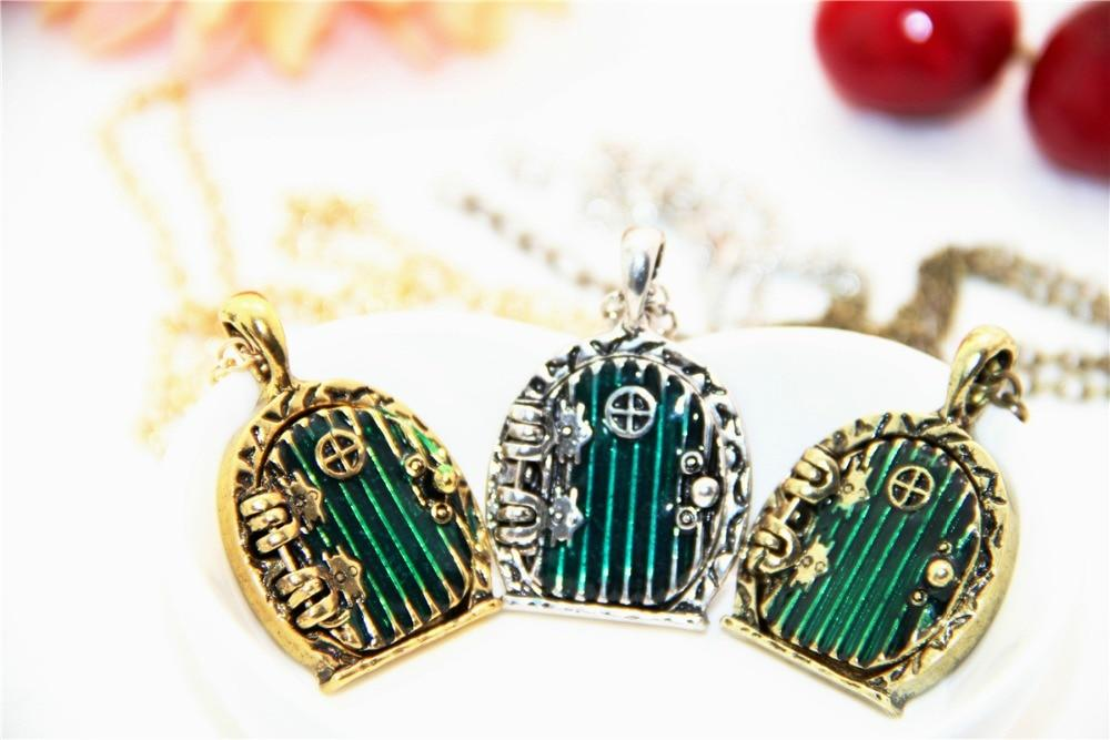 Fashion Vintage Charm Green Hobbit Door Locket Pendant Necklace Movie Jewelryintothea-intothea