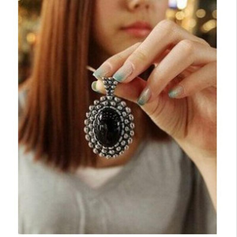 Women's Fashion Crystal Vintage Retro Push Large Stones Carved Necklace Sweater Chainintothea-intothea