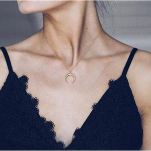 New Delicate Curved Crescent Moon Pendant Necklace Link Chain Necklace for Womenintothea-intothea