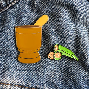Pilón y Plátano moving enamel pin set