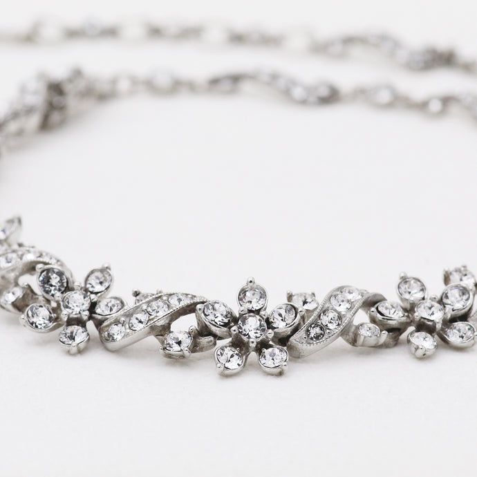 FLORAL MULTI-CRYSTAL NECKLACE
