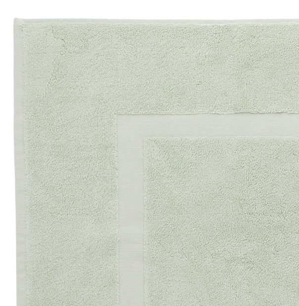 Penela bath mat, mint, 100% egyptian cotton | URBANARA bath mats