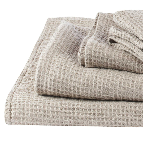 Neris hand towel, natural, 100% linen | URBANARA linen towels